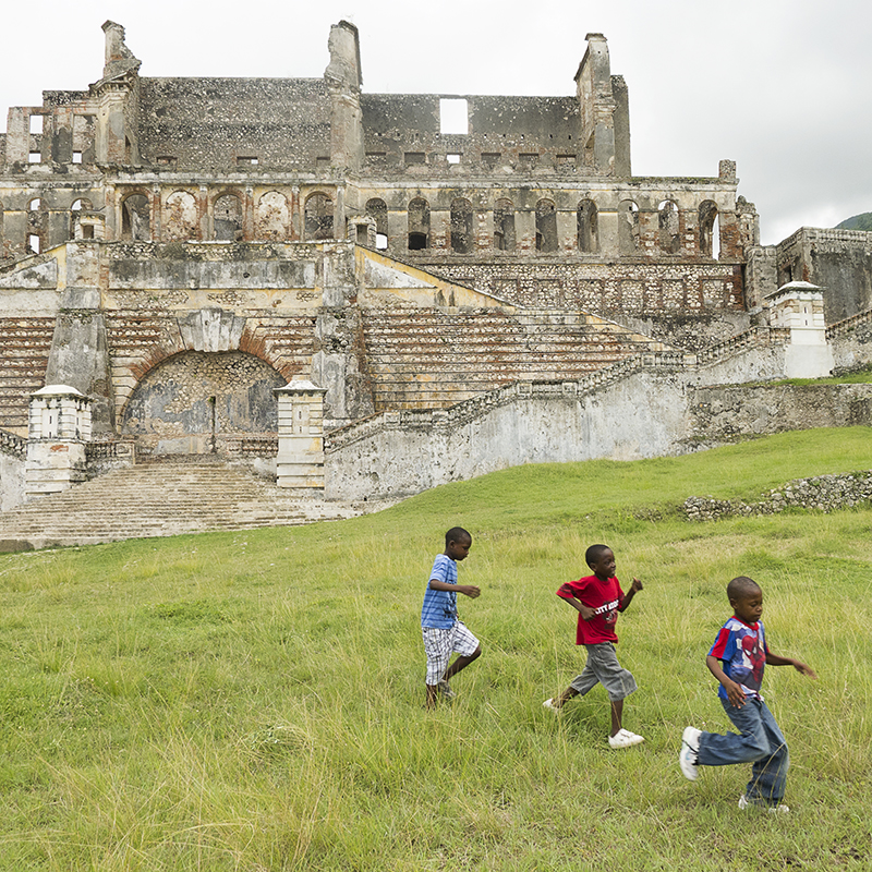 kids and castle